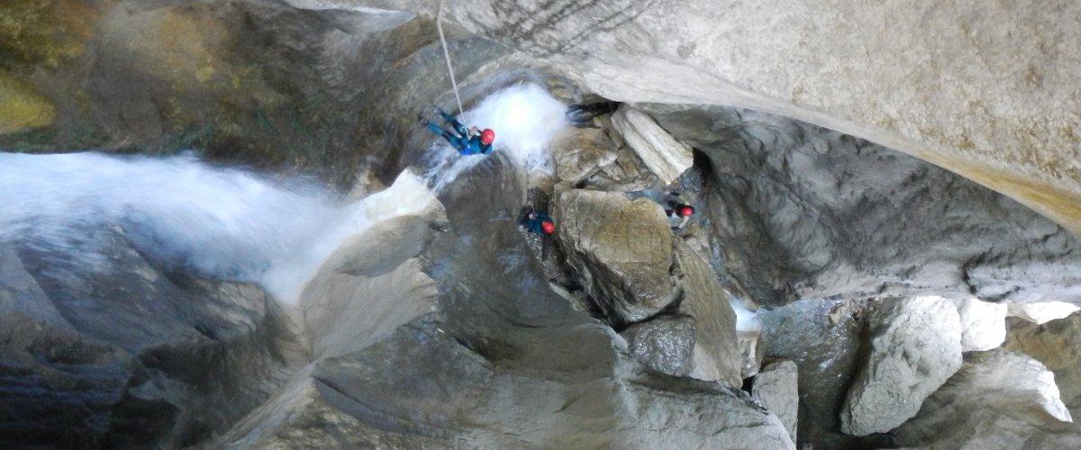 Activités au Fouletier, canyoning, spéléo, randonné, ski de fond sur le Vercors